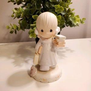 🌺 3x$25 🌺 Precious moments figurine, age 5